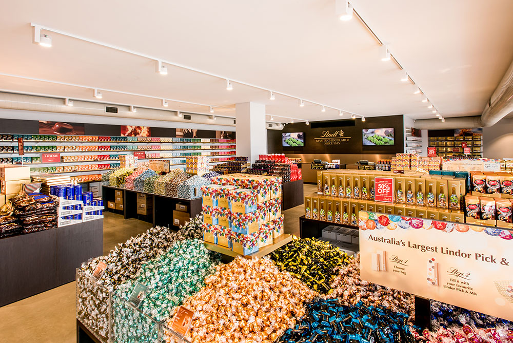 04.03-Lindt-Shop-Internal